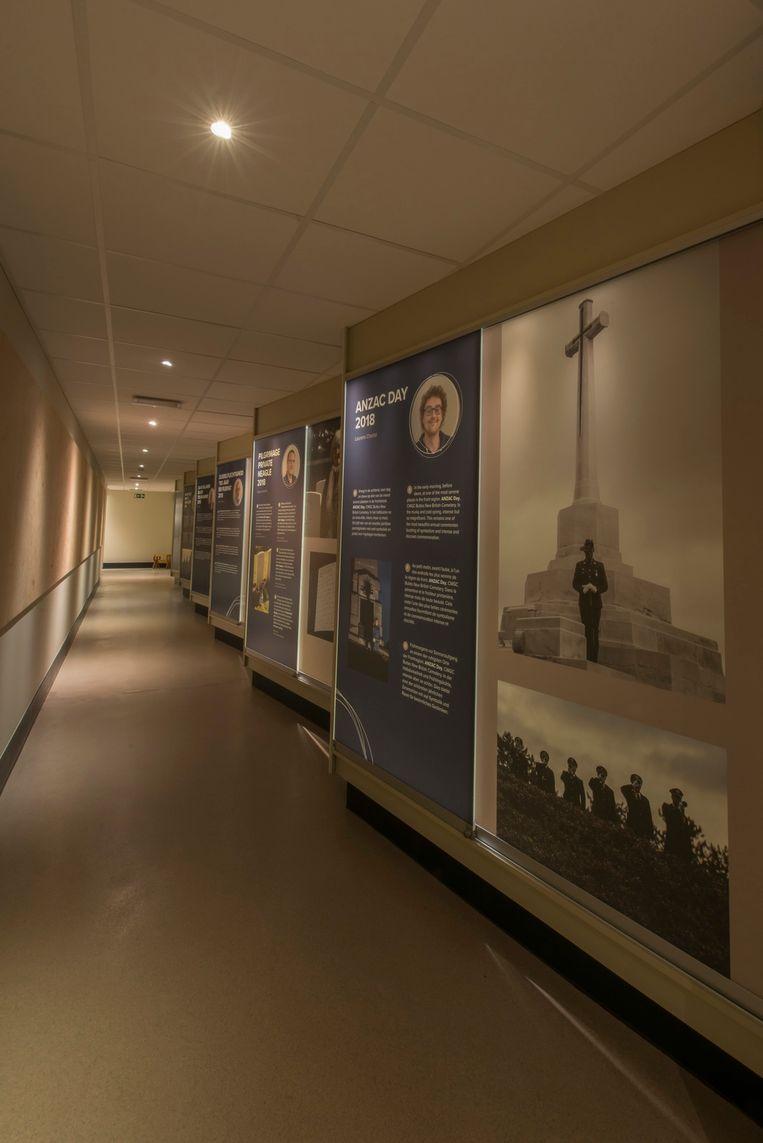 in deze gang exposeren de vijf huisfotografen van het Memorial Museum Passchendaele 1917