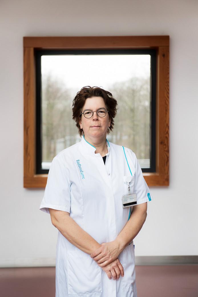 Hoogleraar Zeldzame Kankers Carla van Herpen.