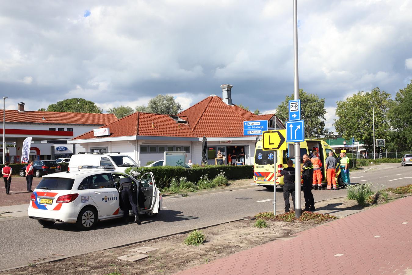 Hulpverleners op de plek van het ongeluk in Culemborg.