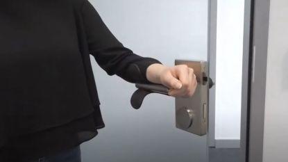 Claerbout lanceert opzetstuk waarmee je deurklinken kunt openen met je onderarm