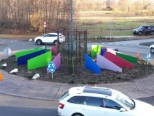 Rotonde Euregio-bedrijventerrein in Enschede opgefleurd