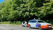 Veertiger (40) die motorrijder aanviel met bijl aangehouden door onderzoeksrechter