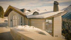 Zwitserse luxevilla van 160 miljoen euro met privé-skilift ligt grotendeels onder de grond