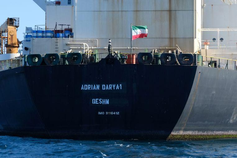 De Iraanse tanker Adrian Darya 1, voorheen Grace 1 genoemd, vorige maand voor de kust van Gibraltar. Beeld AFP