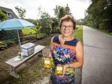 Willy uit Albergen verkoopt courgettes in zuur met 'Indische twist'