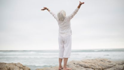 Eén prik, visolie & vitamines: zo blijf je langer jong en gezond