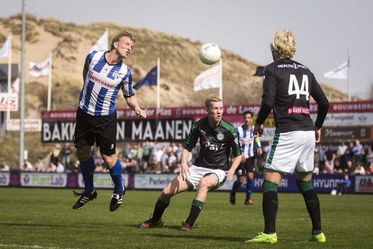 Terug bij het eerste elftal van Quick Boys, de club waar hij ooit begon, tijdens de Derde Divisie wedstrijd tegen Jong FC Groningen. Beeld ANP
