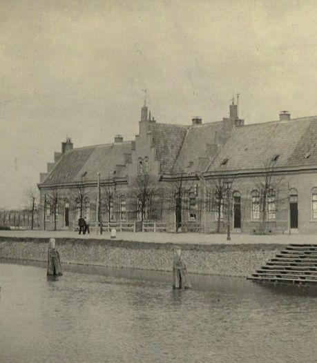 In 1904 werden deze sluiswachtershuizen aan de Keulsekade gesloopt, maar ze staan er weer. Hoe kan dat?