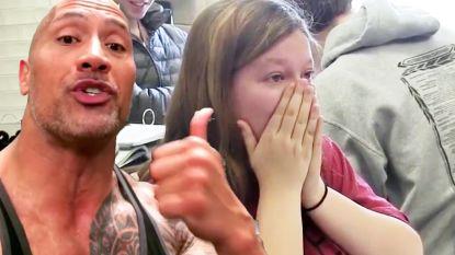 VIDEO: Dwayne 'The Rock' Johnson geeft fan verrassing van haar leven