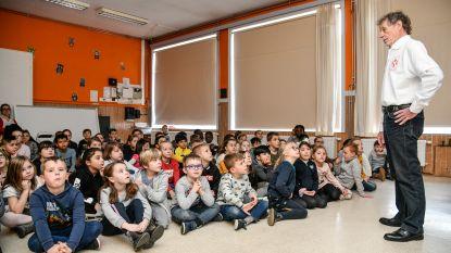 Pijnders en Kalleke Step bezoeken leerlingen basisschool Echo