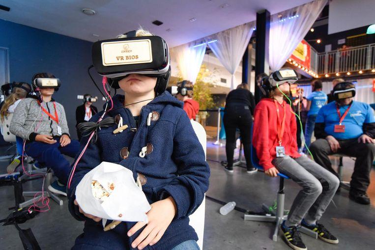 Verdwijnen in de wereld van de virtuele realiteit Beeld Cinekid