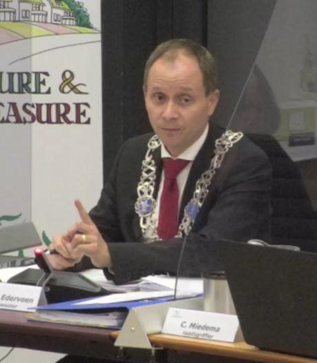 Burgemeester Anton Ederveen van Valkenswaard wil dat raadsleden op hun woorden letten