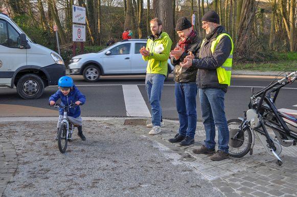 Ook de allerkleinste fietsers kregen een applaus in Tervuren