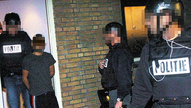 Een enorme politiemacht pakte in januari in Den Haag de harde kern van een jeugdbende op.