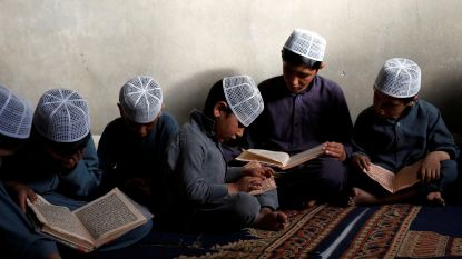 60.000 Afghaanse studenten niet naar school na dreigementen taliban