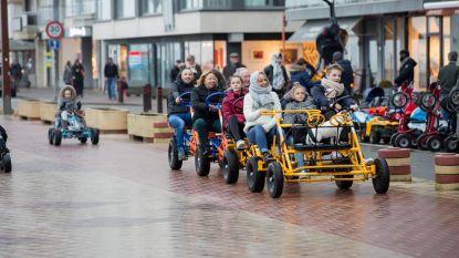 """Met de gocart op de zeedijk, het kan weer in Knokke-Heist: """"Maar alleen met je eigen bubbel"""""""