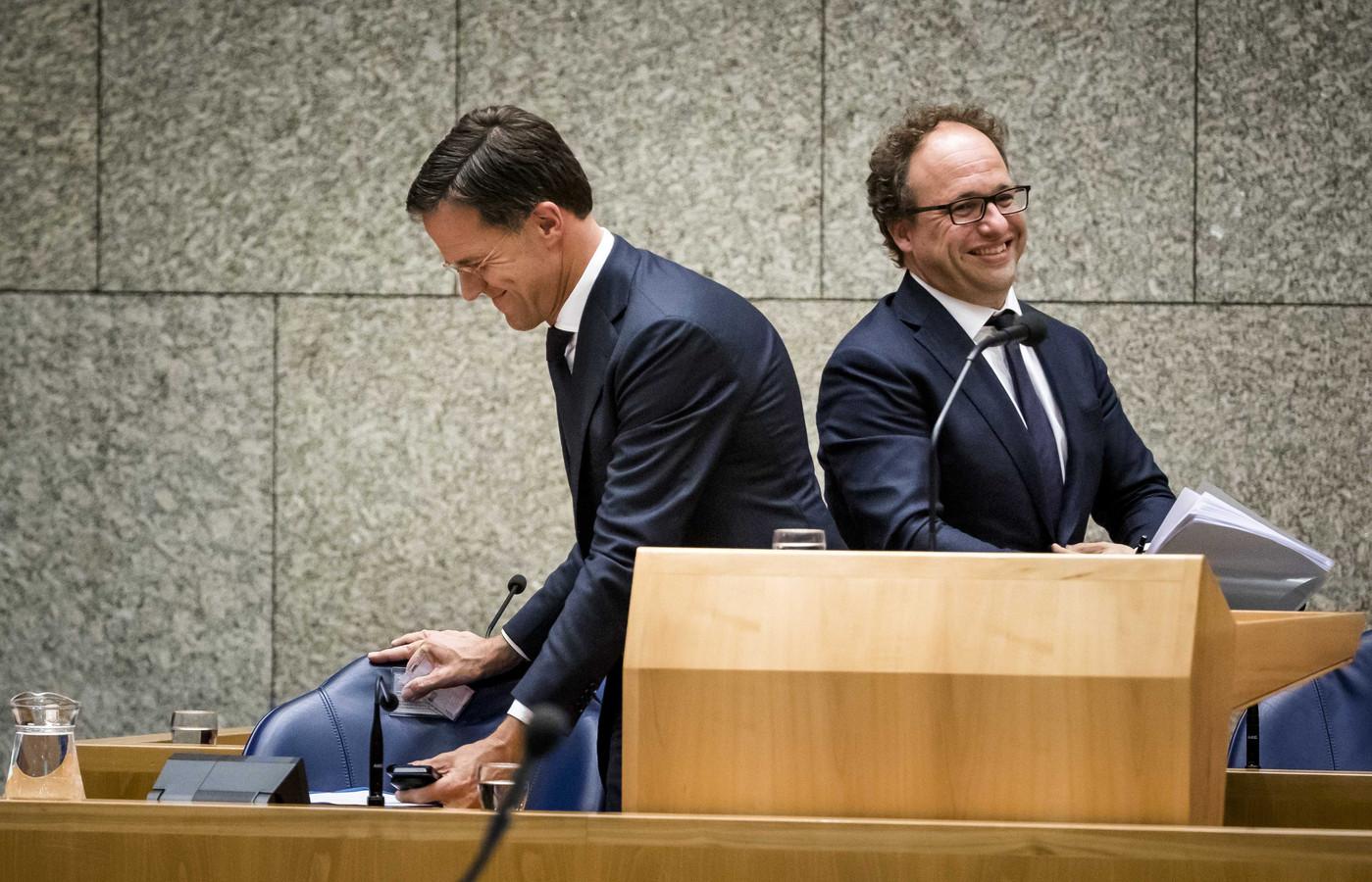 Minister Wouter Koolmees van Sociale Zaken en Werkgelegenheid (D66) en Premier Mark Rutte