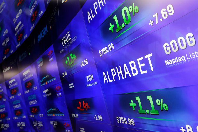 Alphabet, het bedrijf achter Google, het bedrijf achter de zoekmachine met die naam,  groeit maar door en door. Beeld AP