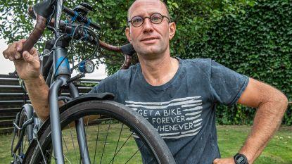 """In het spoor van de renners die 100 jaar geleden de verwoeste gewesten trotseerden. Peter start maandag in wielertocht Omloop van de Slagvelden: """"We starten vol ambitie, maar het traject is niet te onderschatten'"""