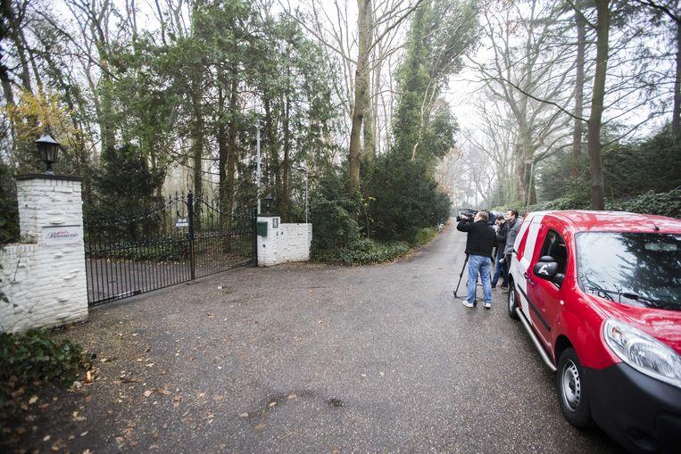 Ex-crimineel en misdaadblogger Martin Kok werd in december 2016 doodgeschoten bij een seksclub in Laren. Deze zaak is nog niet aan het strafdossier toegevoegd, maar dat zal wel gebeuren. Beeld ANP