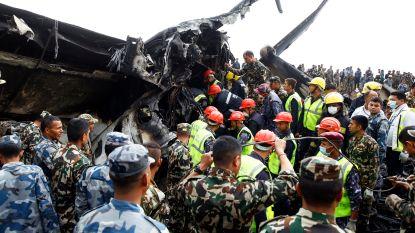 """""""Huilende piloot"""" veroorzaakte vliegtuigcrash in Nepal waarbij 51 doden vielen"""