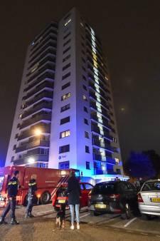 Brand in kelderbox van flat in Apeldoorn, etages ontruimd