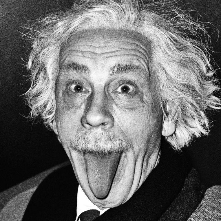 Albert Einstein Sticking Out His Tongue van Arthur Sasse Beeld Sandro Miller