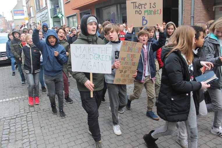 De klimaatmars trok van de campus van KA Halle naar het stadscentrum.