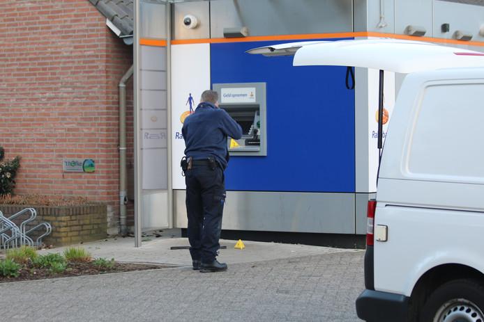 De pinautomaat aan het Kerkpad in Overloon.