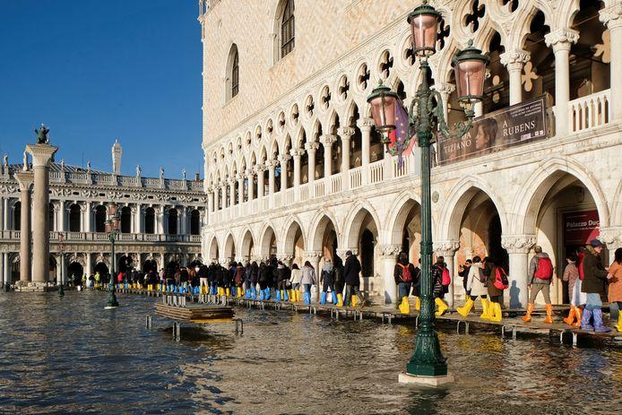 Het is hollen of stilstaan in Venetië. Eind vorig jaar was sprake van de hoogste waterstand in 50 jaar