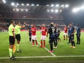 Hoe late penalty voor consternatie zorgde bij Club: lijnrechter riep dat het geen strafschop was, terwijl onze huisref beslissing Laforge steunt