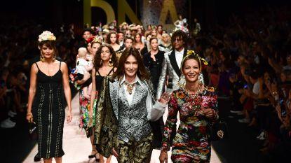 Van Monica Bellucci tot Carla Bruni: deze sterren liepen mee in de Dolce & Gabbana modeshow