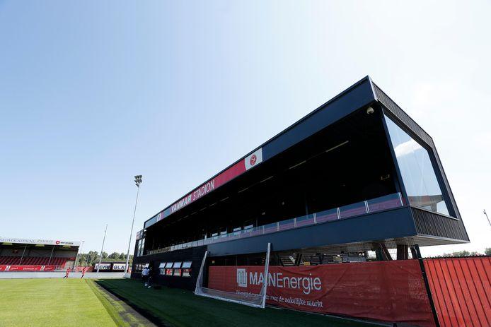 Het stadion van Almere City.