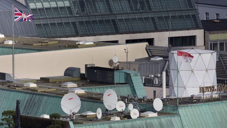 Foto van het dak van de Britse ambassada Beeld epa