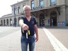 Henk kan niet starten in Vierdaagse: sleutel en kaart in afgesloten auto