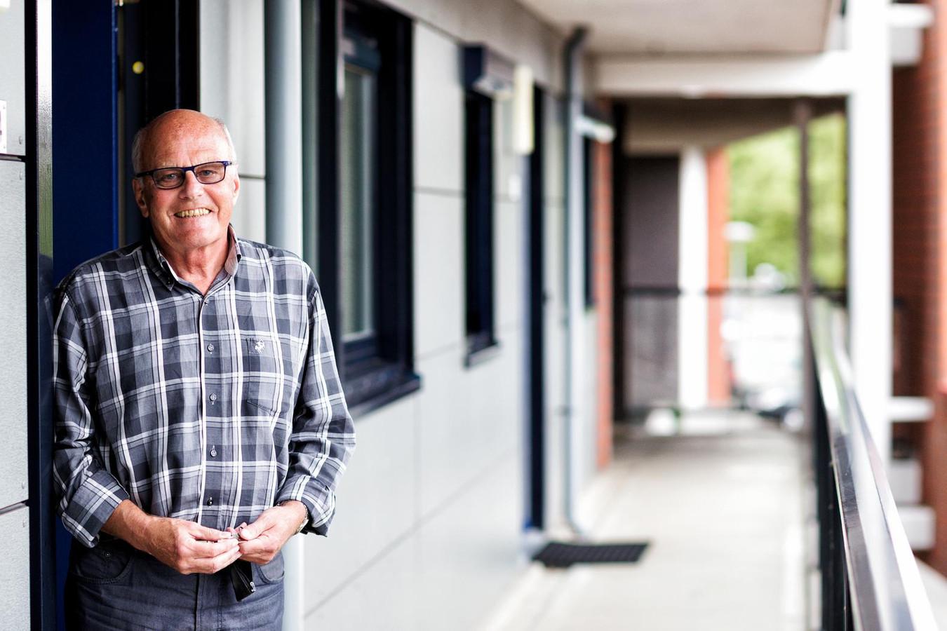 Henk van Oostrum had een omstreden aandelenleasecontract, maar nu is hij een van de 'gelukkigen'