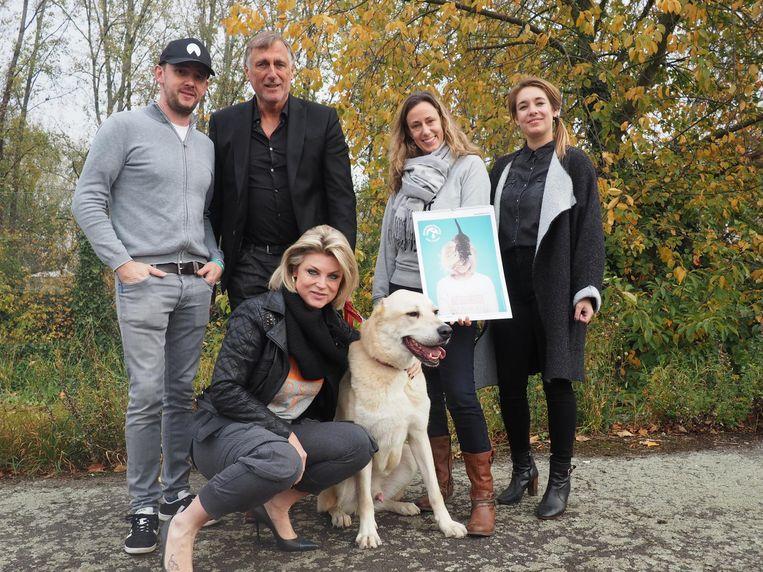 Christophe Stienlet, Piet Den Boer, Sabine Slaets, Jessica Postelmans (dierentrainer), Joyce De Troch en King.