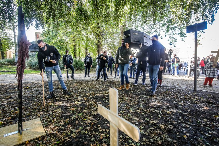 Wooden crosses were planted in the Astrid Park