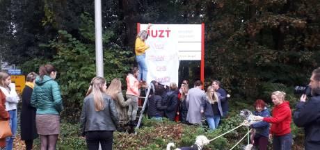 Medewerkers noodlijdend Juzt dreigen met opname-stop