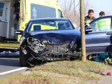 Unimog en automobilist botsen op elkaar in Lithoijen