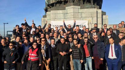 Uberchauffeurs protesteren aan justitiepaleis