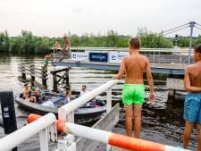Jeugd Giethoorn terroriseert toeristen en inwoners: 'Mijn hele kaak is dik'