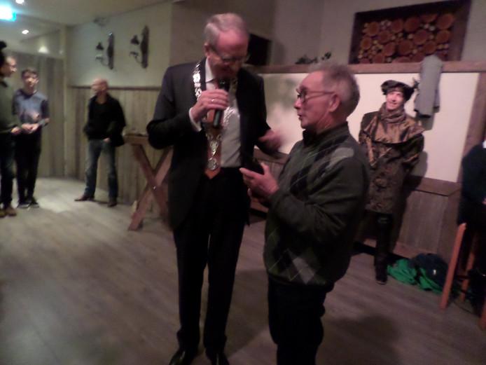 Burgemeester Noordergraaf en Arnold van Andel