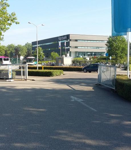 Aannemers pruimen reconstructie Scharenburg Druten niet: gemeente moet bijlappen