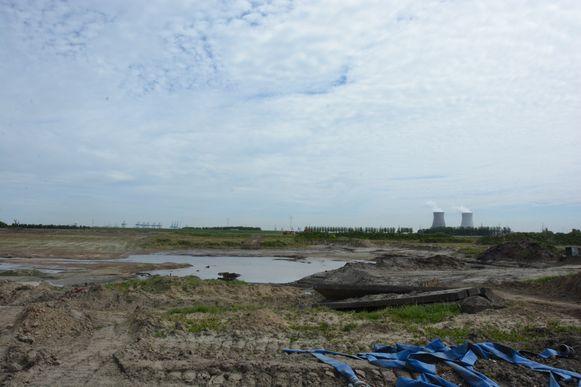 De werken aan het natuurcompensatiegebied Prosperpolder-Zuid werden twee jaar geleden stil gelegd nadat het GRUP werd vernietigd door de Raad van State.