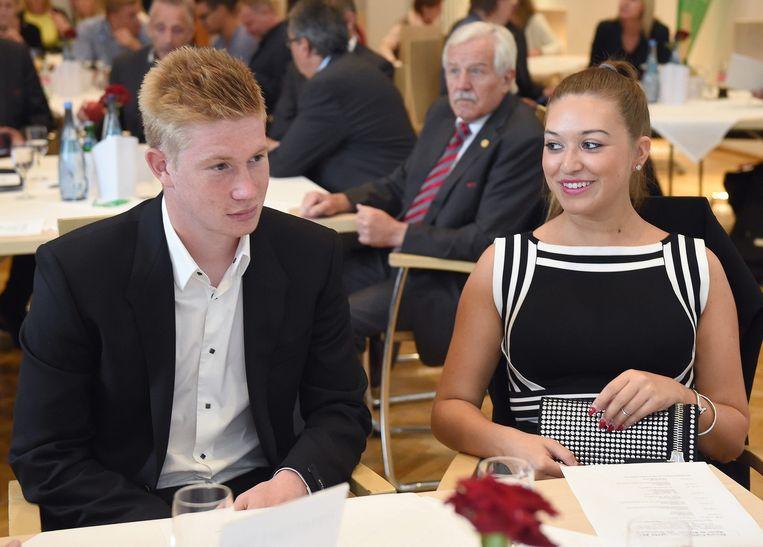 Kevin De Bruyne en zijn vriendin Michèle op een andere uitreiking in Barsinghausen.
