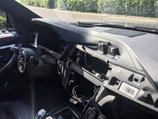 BMW's gestript: airbags, navigatie, stuur en beeldscherm weg. 'Ze gaan soms letterlijk met boodschappenlijstjes op pad'