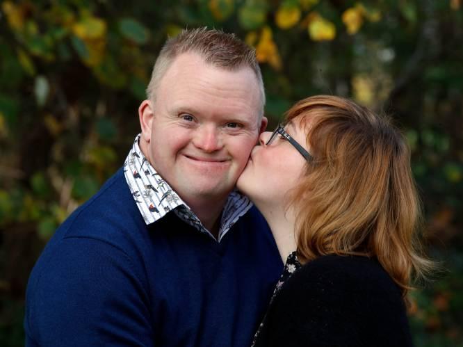 """Kevin en Lisa uit 'Down The Road' wonen één weekend per maand samen: """"Maar die berichtjes naar Dieter Coppens moest ze wel afleren"""""""