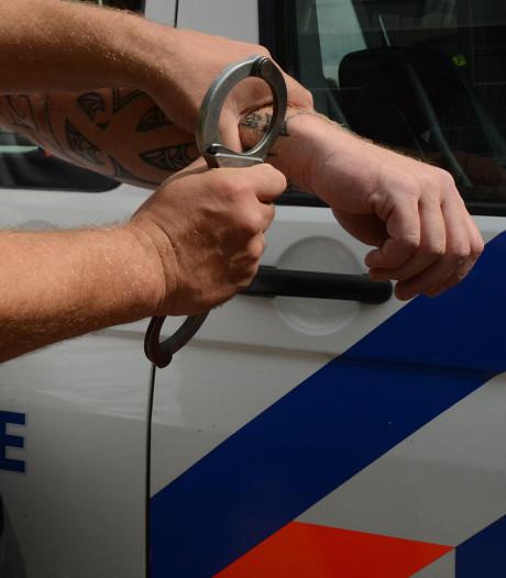 Vier mannen aangehouden voor serie woning- en bedrijfsinbraken