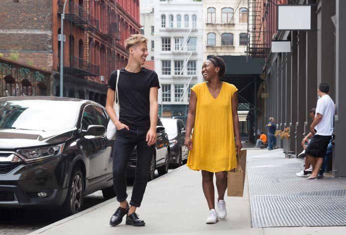 Jonas Mallisse (links) lanceert voedselverspillingsapp Too Good To Go dinsdag in de Verenigde Staten.